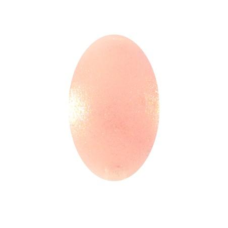 Pearly nail polish